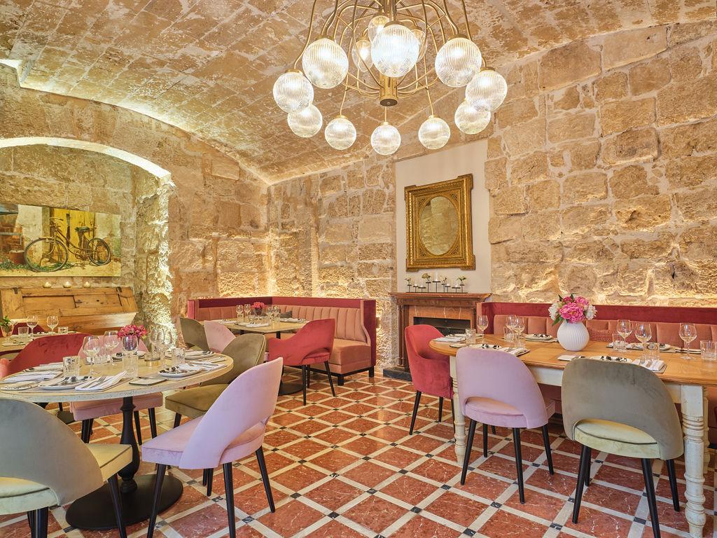 restaurant-tee-room